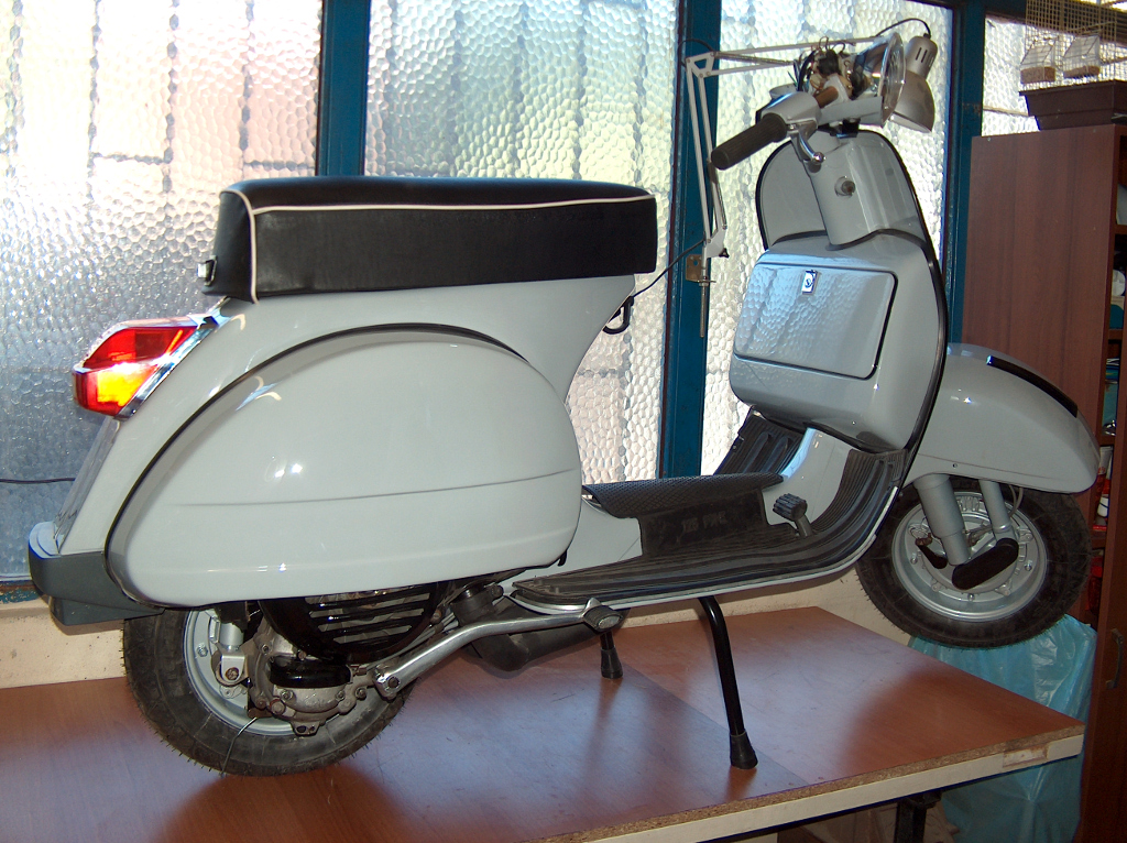 Sinyalsiz Son Vespa, 1977 P200E –II
